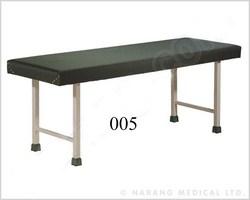 Hospital Exam Bed (005)