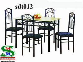 Steel Dinning Table (012)