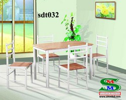 Steel Dinning Table (032)