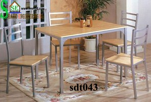 Steel Dinning Table (043)